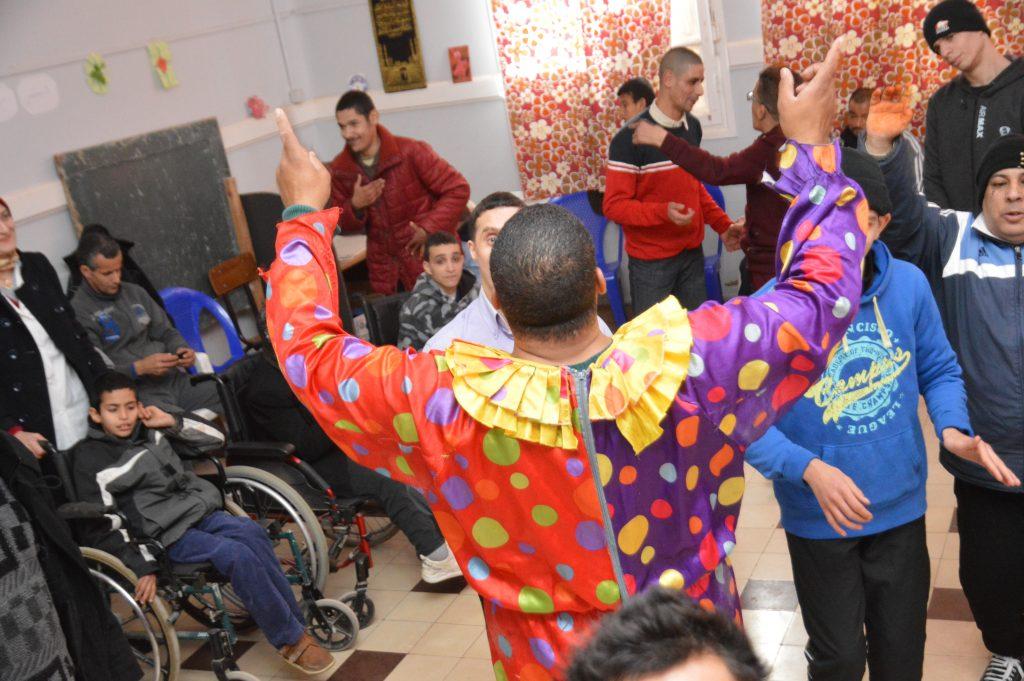 galerie activité sociétale au profit des enfants à mobilité réduite et déficients mentaux, de l'association Sidi Boucif